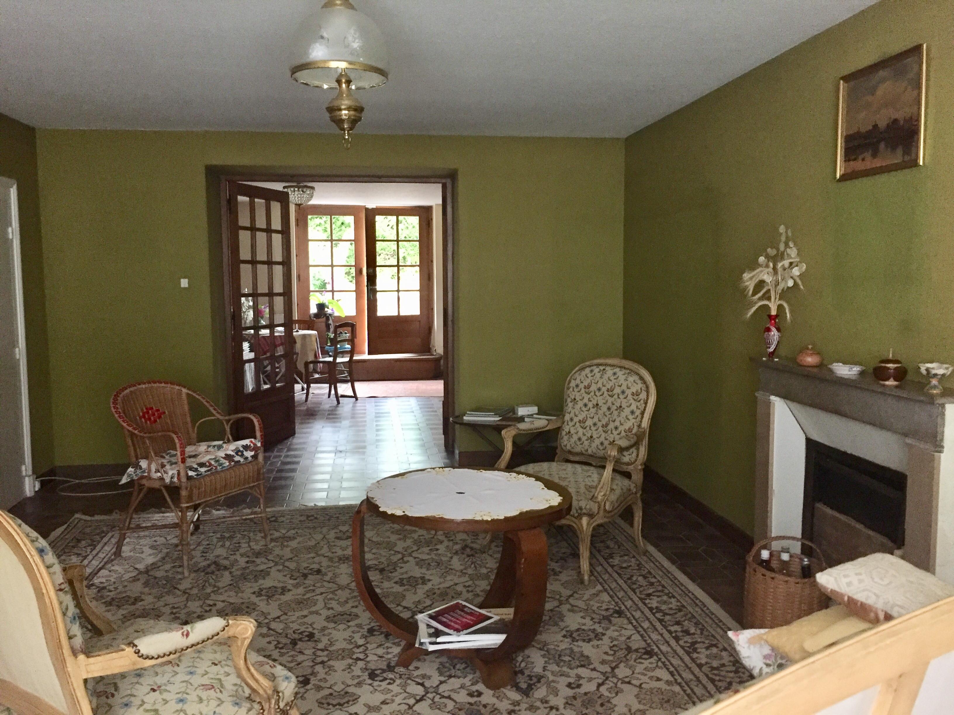 appel d 39 offre particulier annonce 388. Black Bedroom Furniture Sets. Home Design Ideas